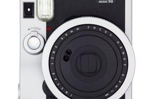 (Review) Máy chụp ảnh lấy liền tốt nhất (2021): Leica, Canon, Polaroid hay Fujifilm?