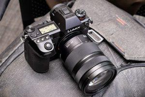 kiểm tra cảm biến ảnh trên máy ảnh mirrorless