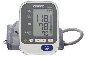 (Review) Máy đo huyết áp Omron loại nào tốt nhất (2021): JPN600, JPNj1 hay HEM 7121?