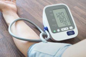 Cách chọn mua máy đo huyết áp Omron phù hợp