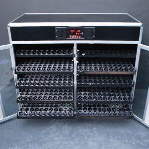 Kiểm tra công suất máy ấp trứng