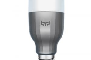 (Review) Bóng đèn thông minh loại nào tốt nhất (2021): Xiaomi, TP-Link, QCT hay Philips?