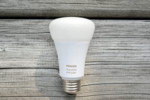 4 bước chọn mua bóng đèn thông minh tốt nhất