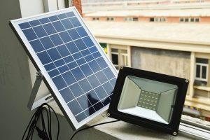 6 bước chọn mua đèn năng lượng mặt trời tốt nhất