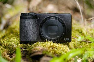Ống kính máy ảnh compact